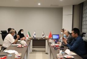 نشست های تجاری واحدهای تولیدی فارس با حضور معاون دفتر همکاری های مشترک صنایع کوچک و متوسط ایران و چین در اتاق بازرگانی فارس